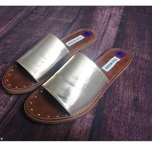 Steve Madden Gold Metallic Slip On Sandals Sz 8.5